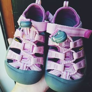 Keen Pink Sandals Toddler Size 8